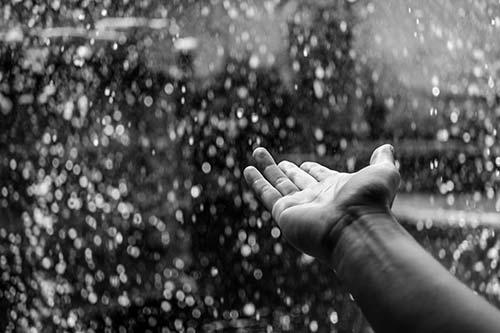 does-rain-make-you-sickjpg