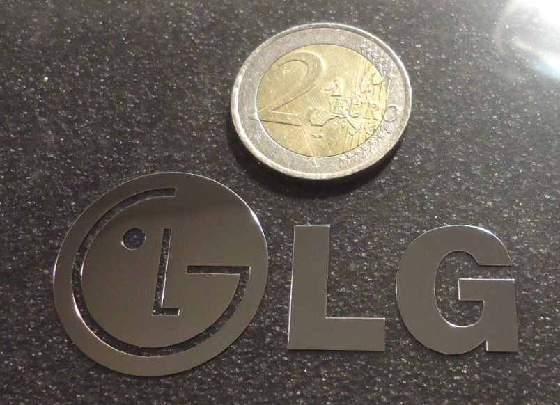 LG LOGO nalepka Metal Edition CHROM