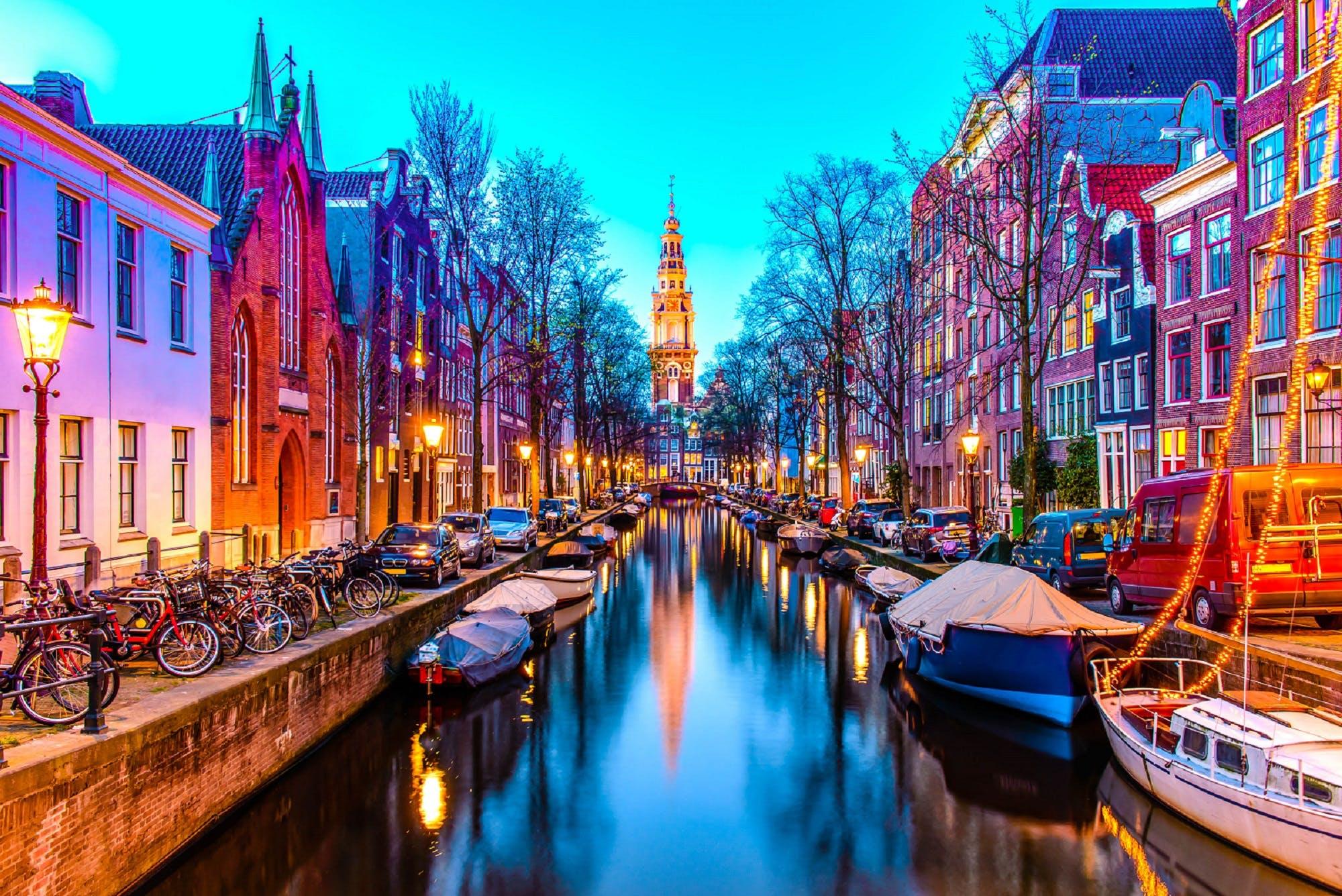 Zuiderkerk-in-Amsterdam-iStock-528503566-2_titeljpg