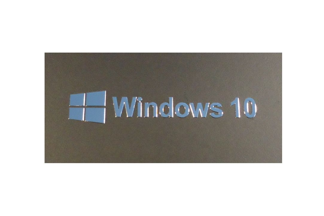 Nálepka Windows 10 Metal Edition 50 x 9 mm