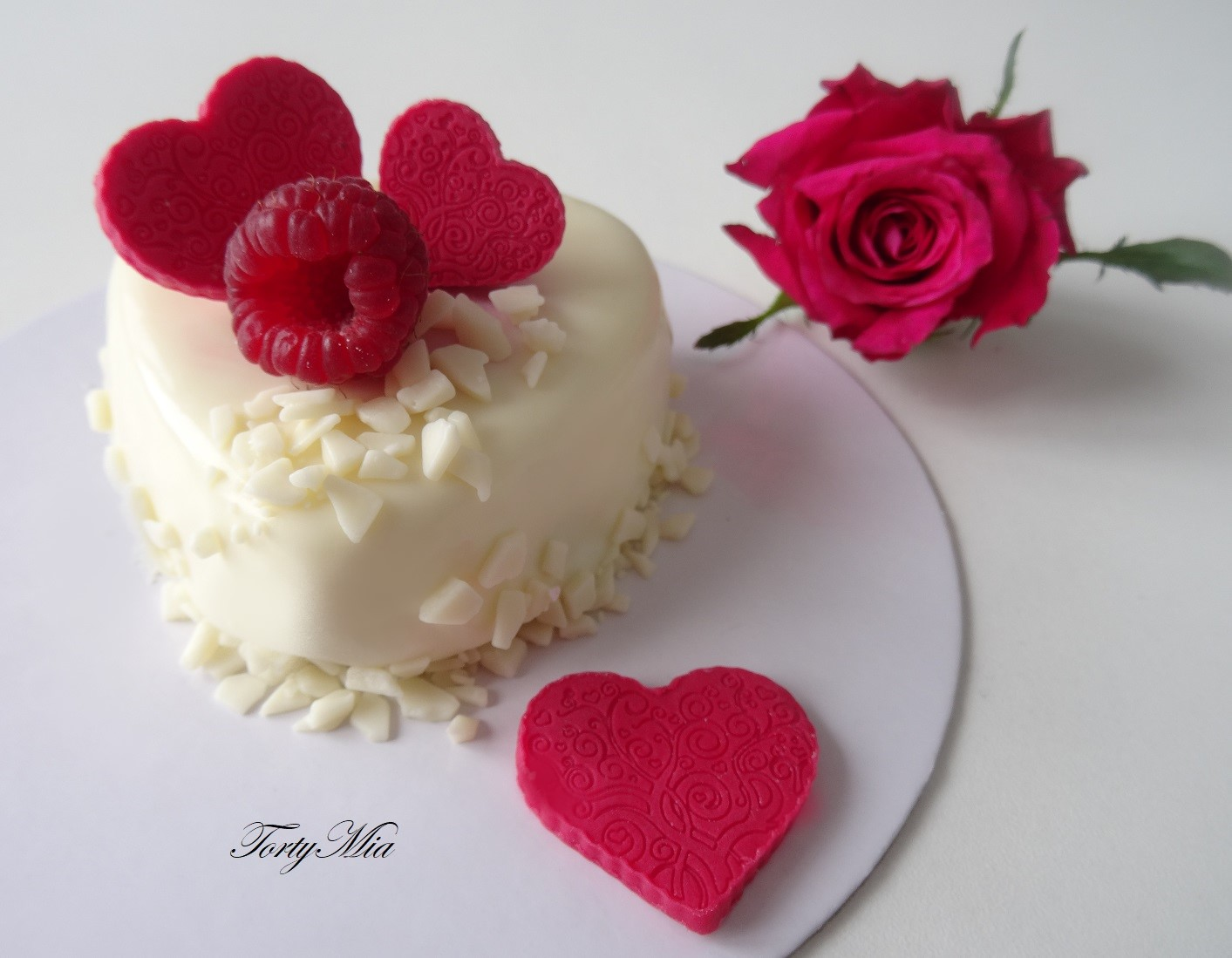 Luxury dessert Heart WHITE - Valentín/ 5 ks