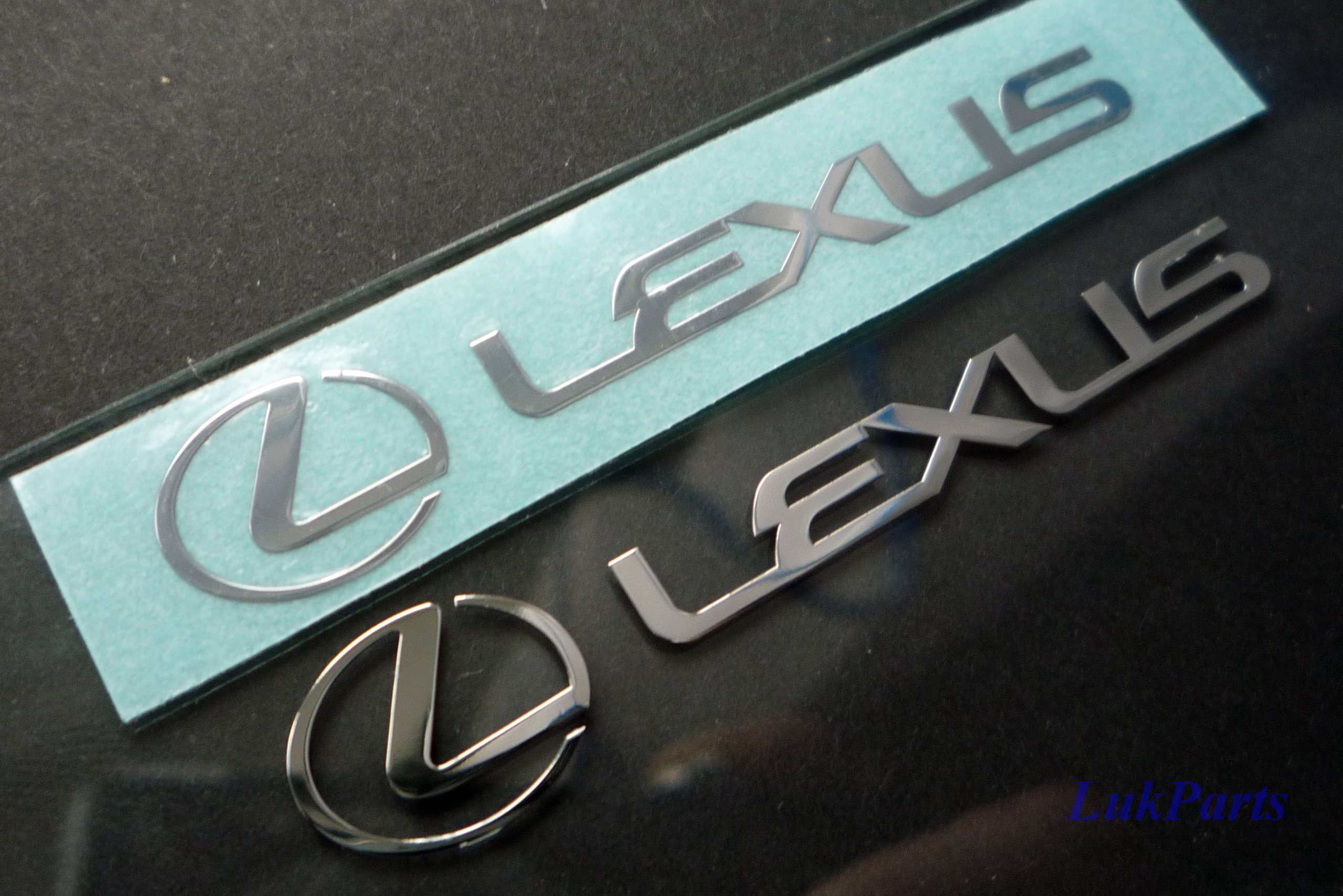 LEXUS LOGO nálepka Metal Edition 60 x 10mm