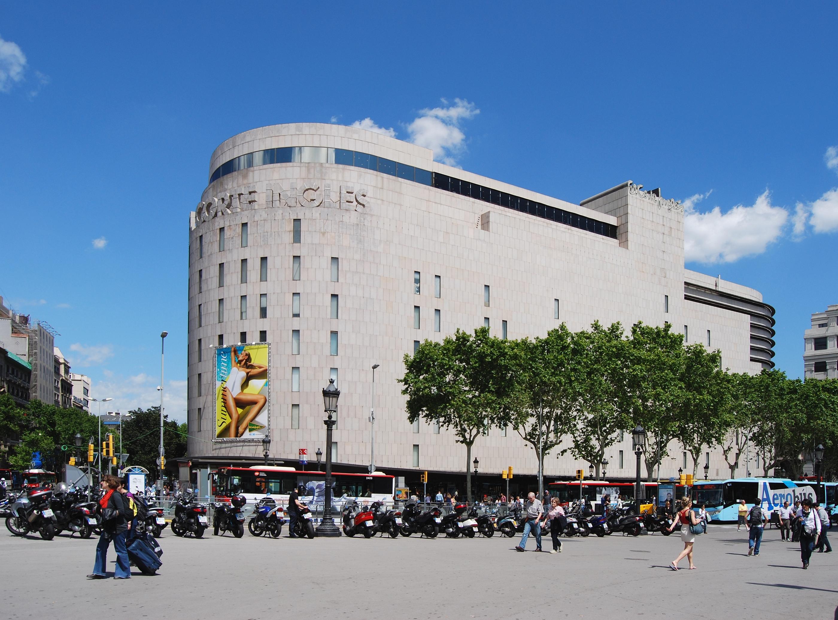 El_Corte_Ingls_Barcelona_Plaa_de_Catalunya_2013jpg