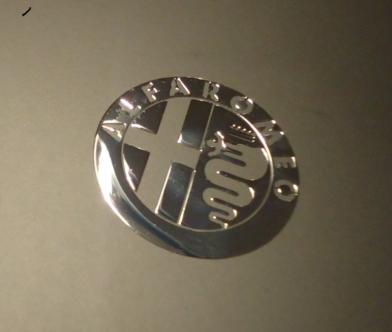 ALFA ROMEO LOGO nalepka Metal Edition 30 mm